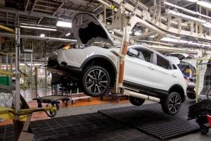 В Питере встал завод Nissan